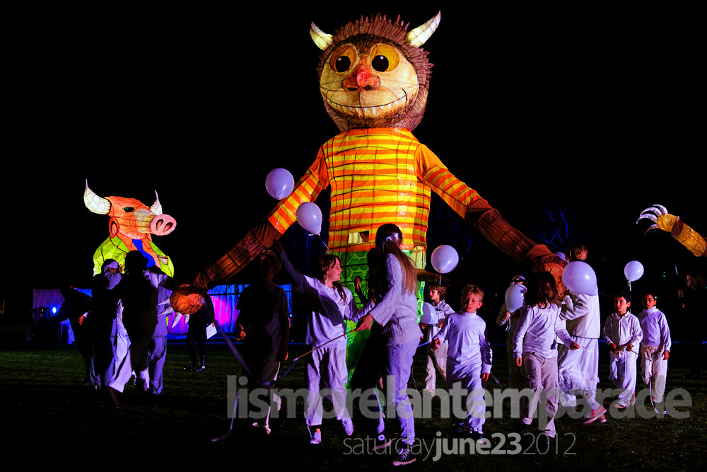 lantern parade 2013 Sept 6-8, 2013: the day for kids, yellow daisy festival and lantern parade.